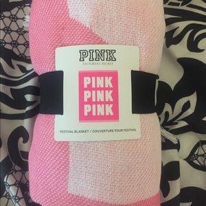 Victoria secrets PINK festival blanket